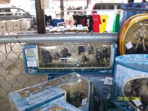 Vintage Lord Of the Ring Action figs & sets in Chicago, Illinois