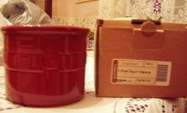 Longaberger Salt Crock, one pint, Paprika color in Hopkinsville, Kentucky